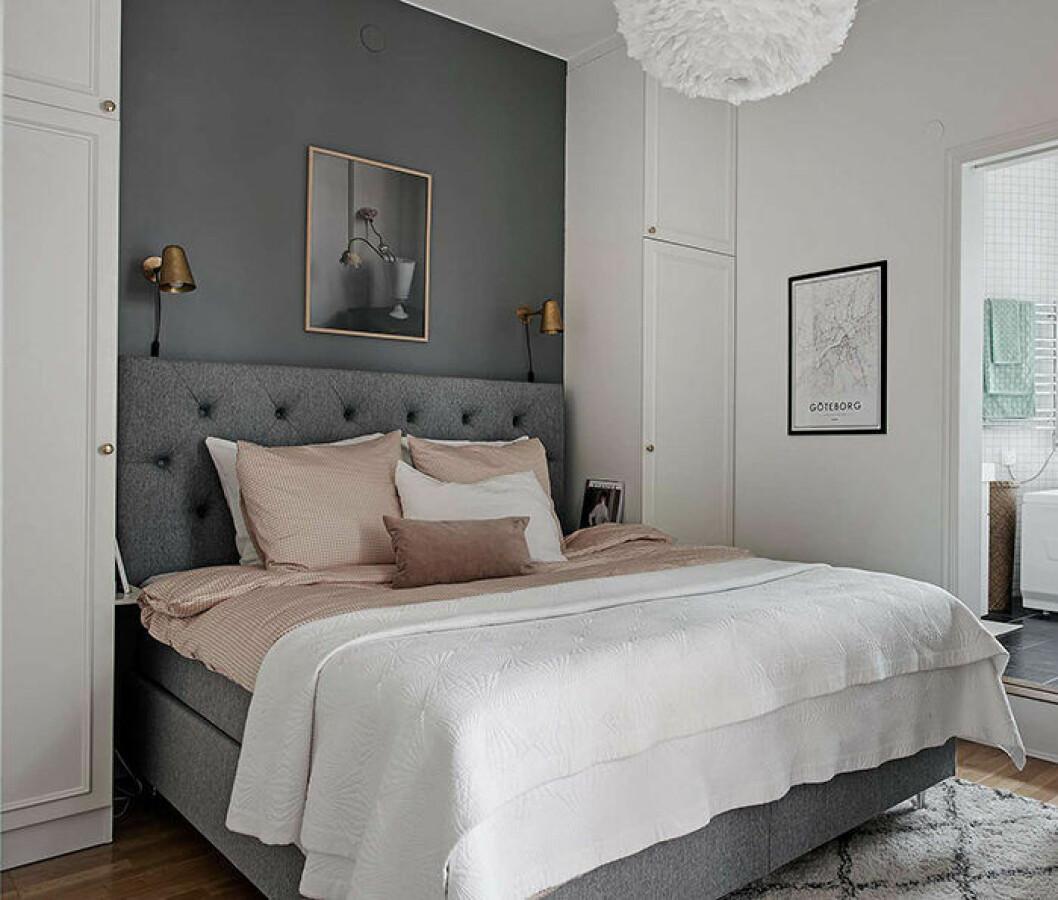 Platsbyggda skåp i sovrummet – smart och snygg förvaring