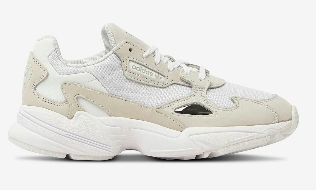 sneakers beige adidas