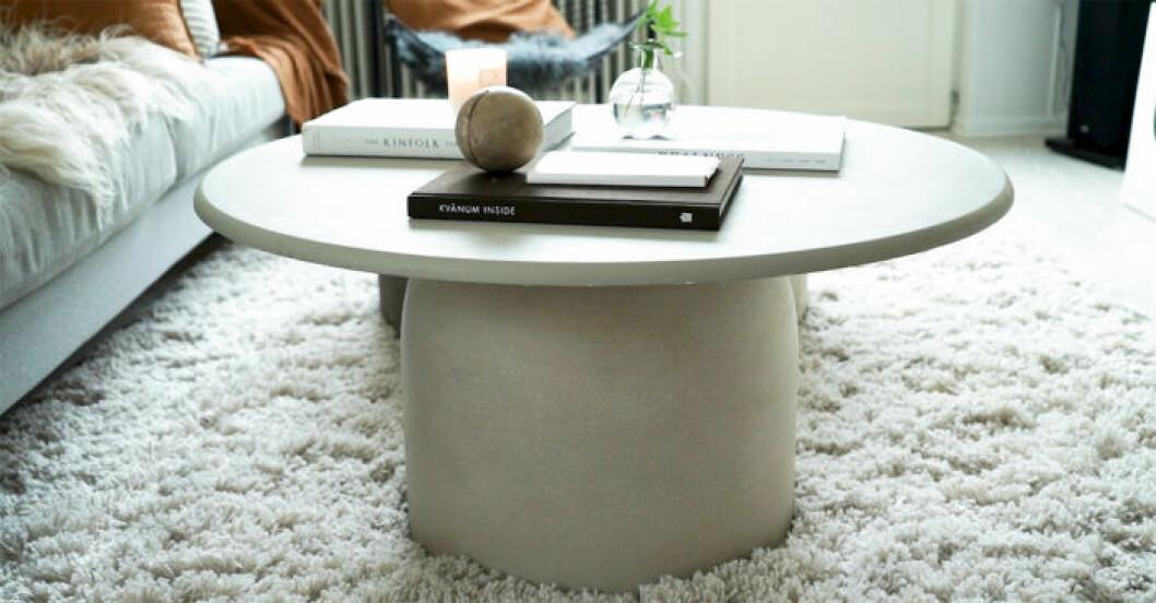 DIY: Stilrent soffbord av en betongkruka, steg 5