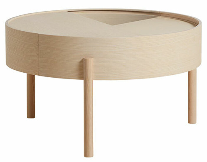 soffbord i trä med förvaring