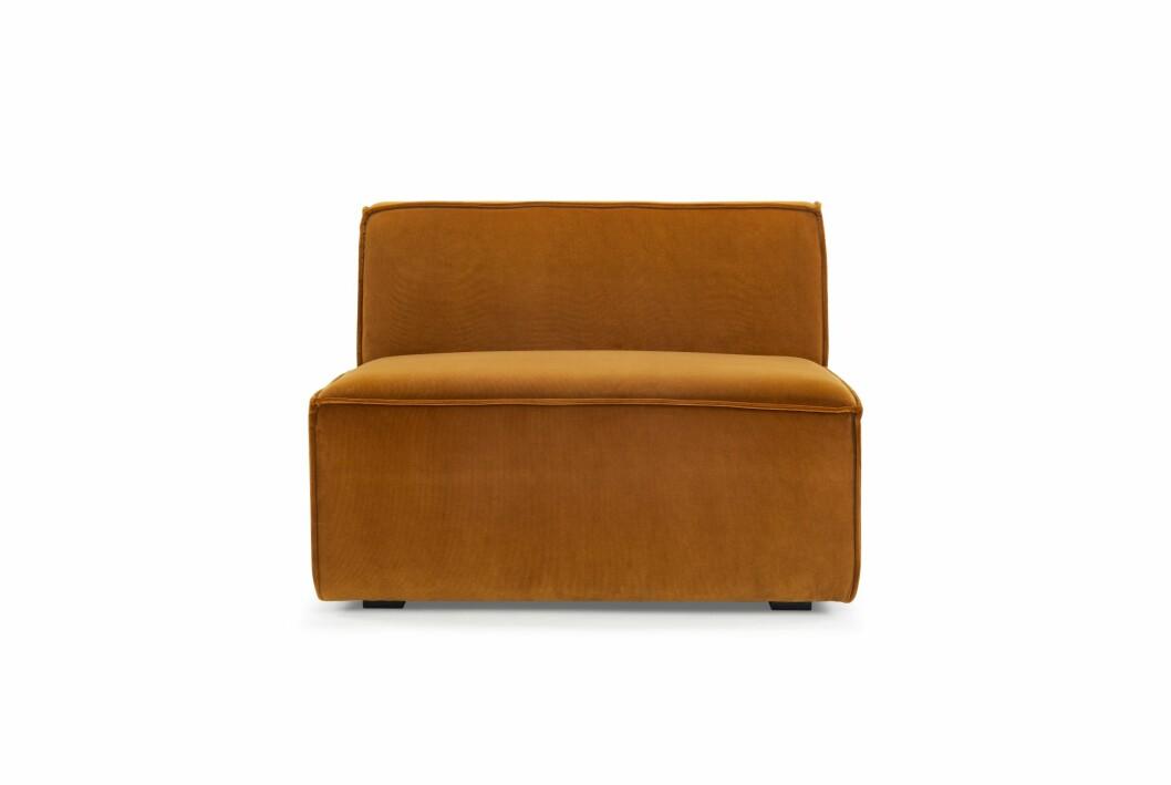 soffmodul i bärnstensfärgad velour från sofacompany