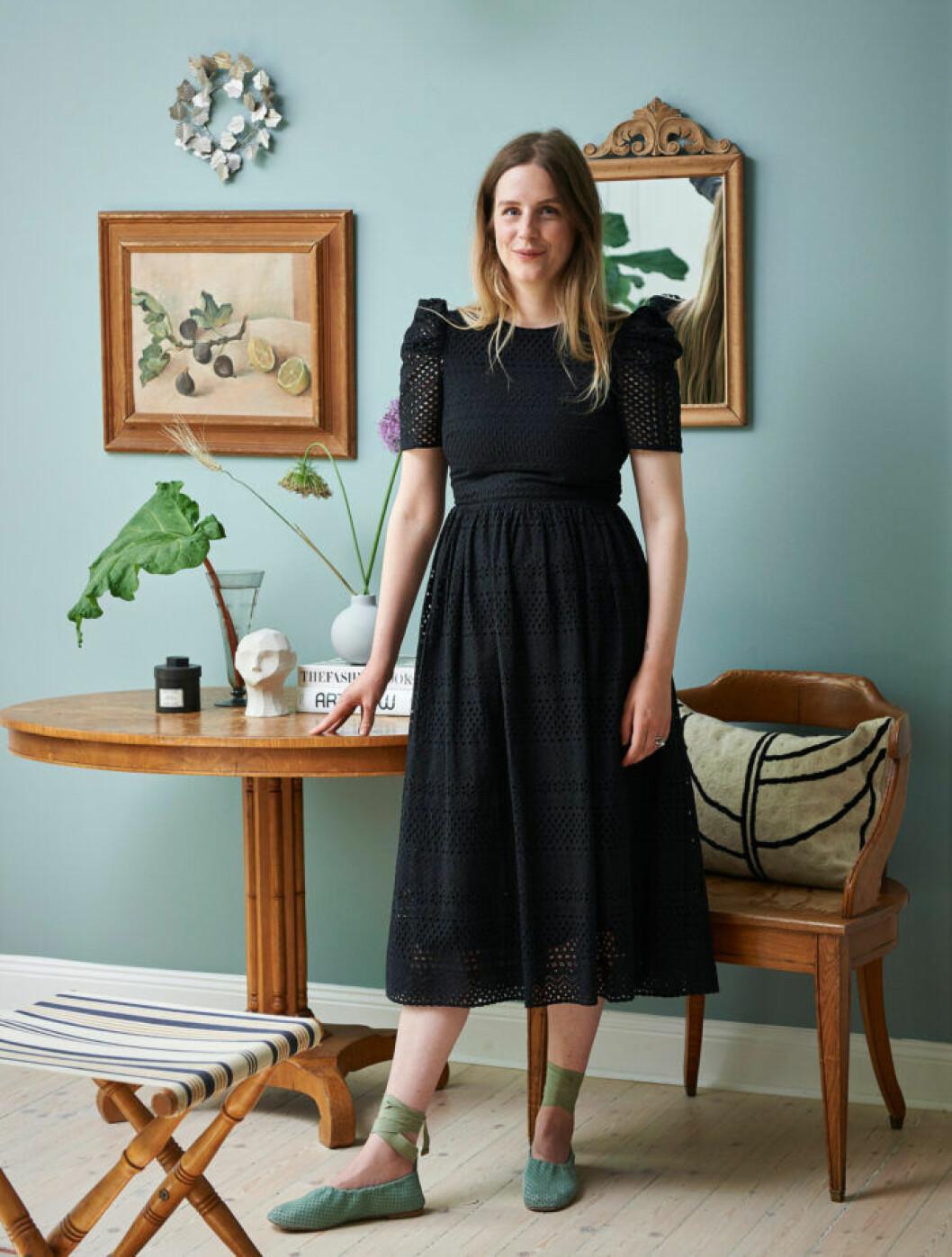 Sofia Wood i sitt hem i Enskede