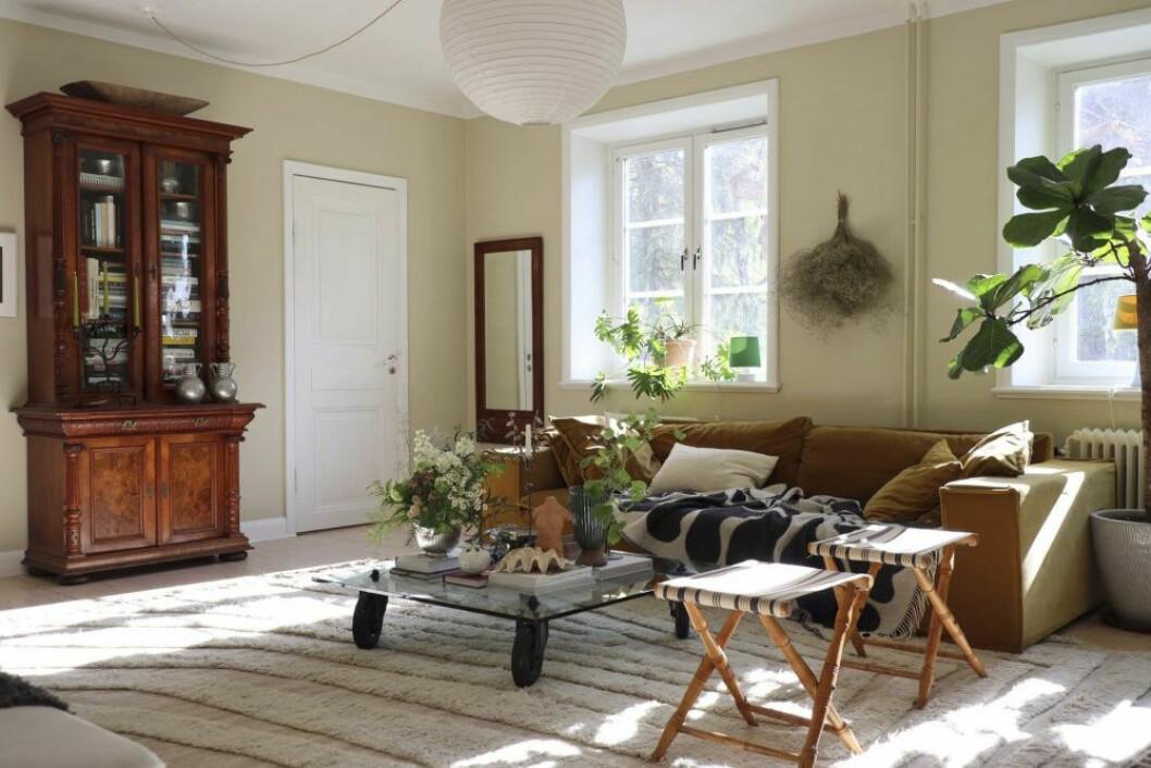 Vackert vardagsrum hemma hos Sofia Wood