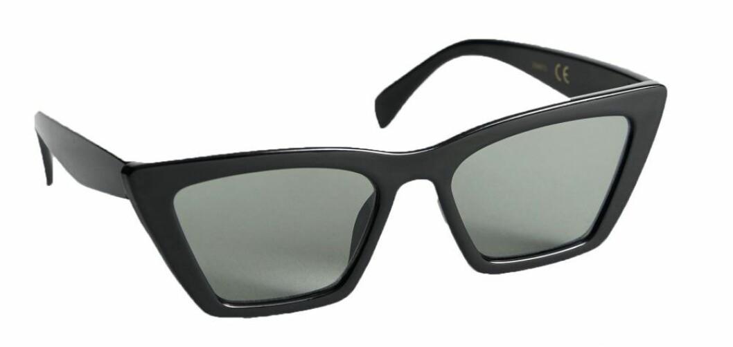 solglasögon från & other stories.