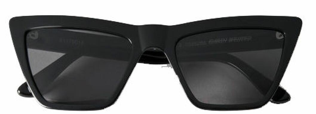 Kantiga solglasögon från Carin Wester.