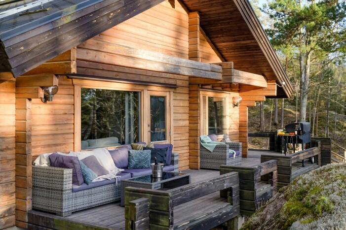 Naturnära sommarhus i Svärdsö utanför Nynäshamn, uteplats