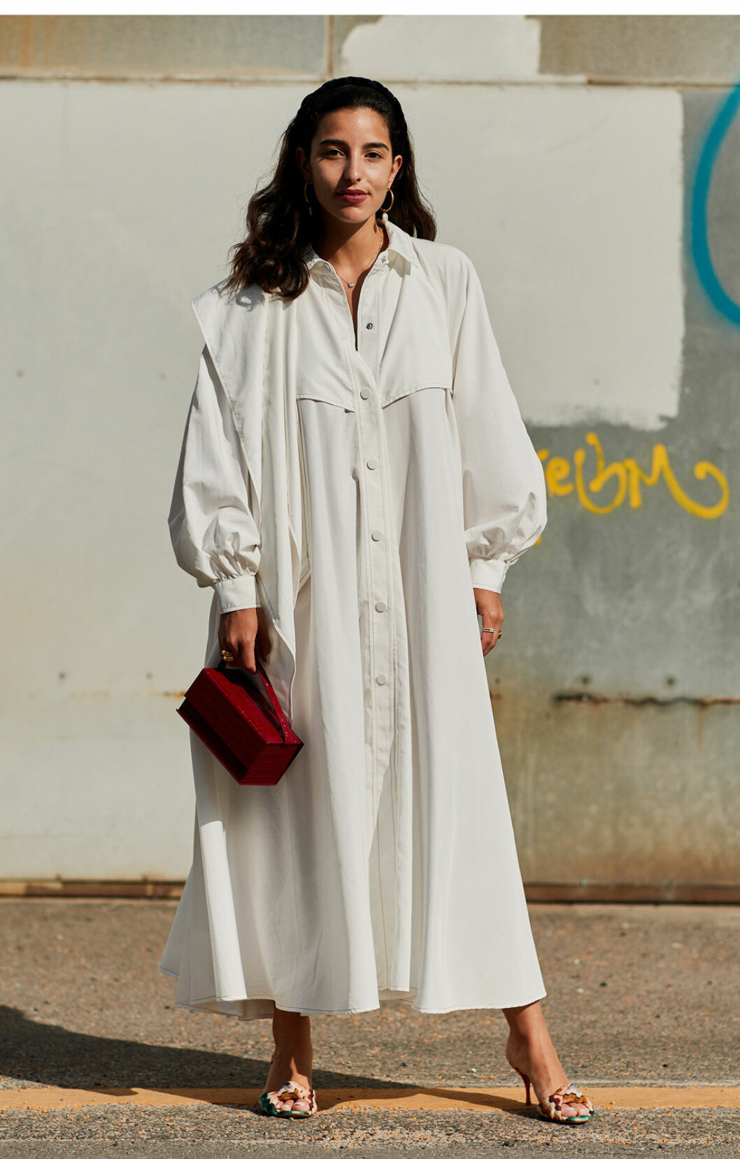 Vit klänning från Köpenhamns modevecka.
