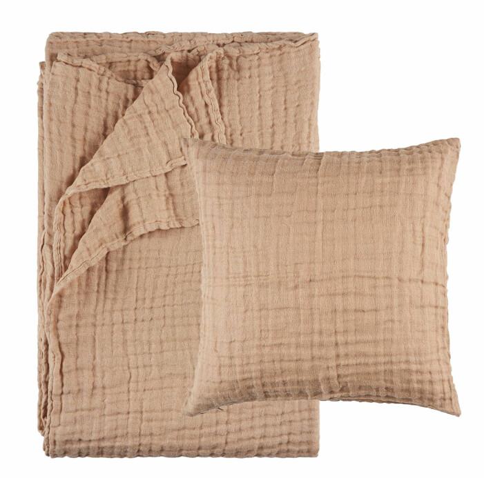 söngöverkast och kuddfodral i linne