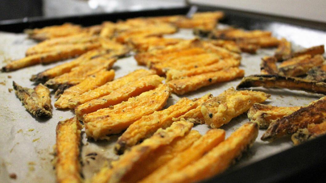 Gör sötpotatis pommes i ugnen!