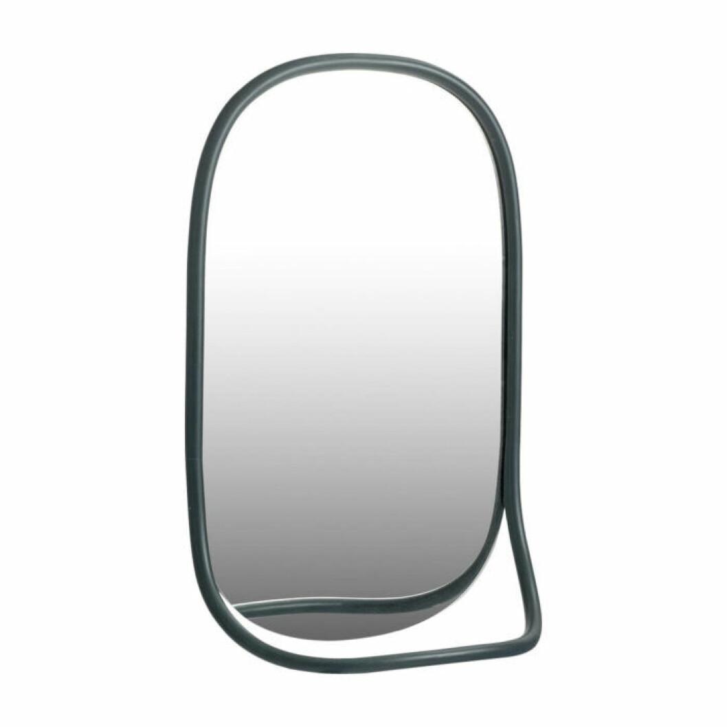 Spegel och klädhängare Mathieu Gustafsson