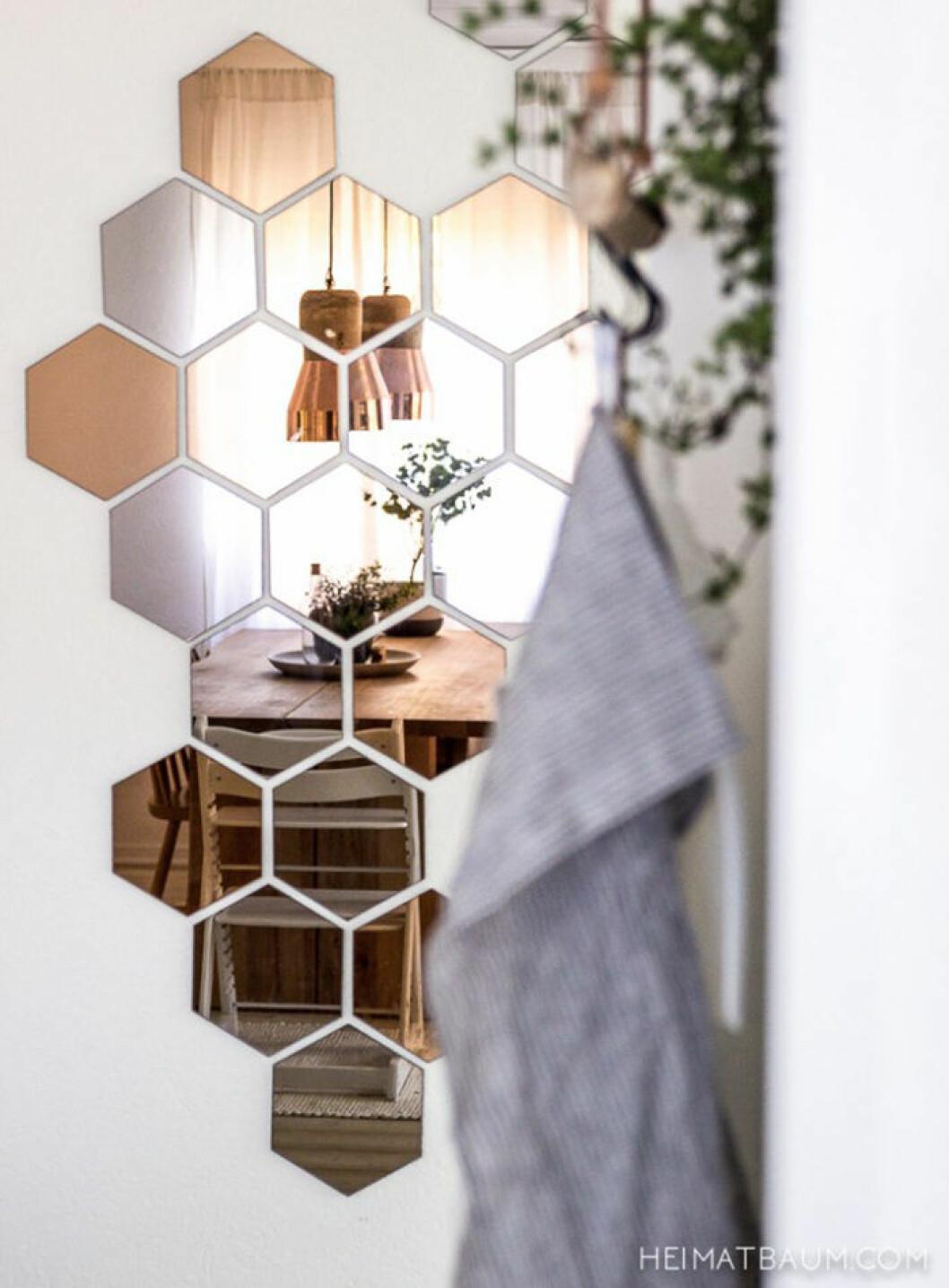 Spegelvägg i hexagonform
