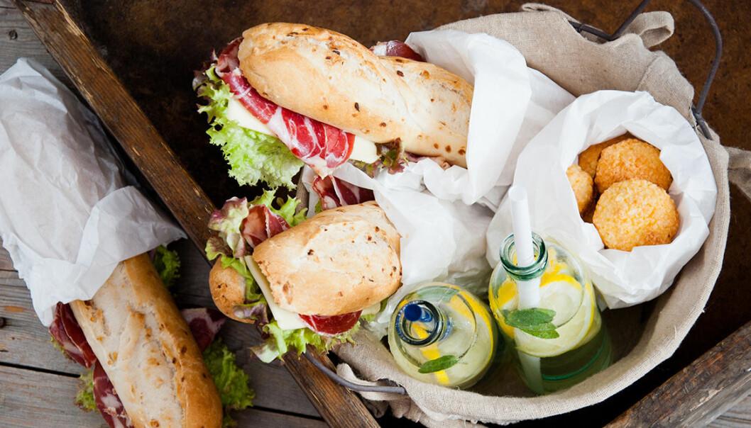 Mackor, muffins och juive är säkra kort i matsäcken.