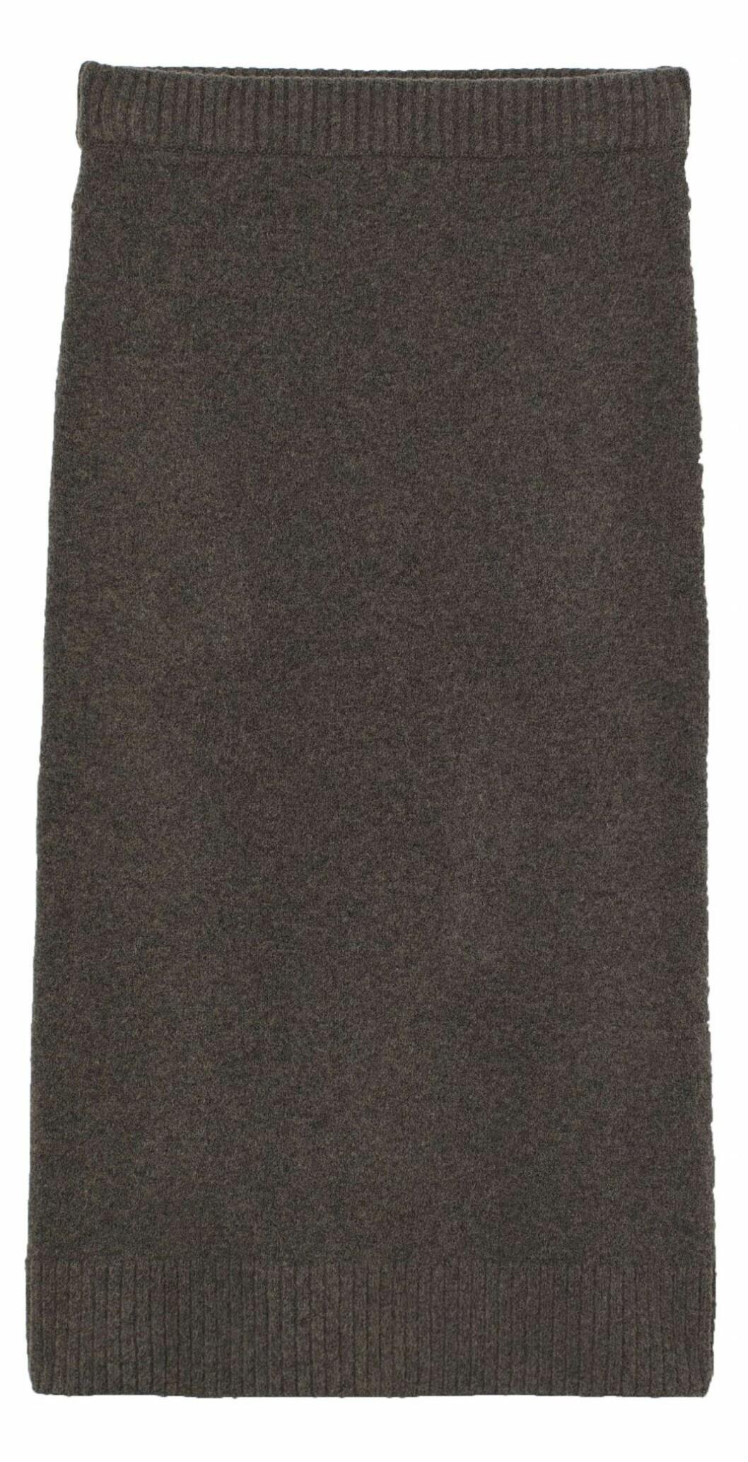 Stickad kjol som matchar den stickade toppen från H&M.