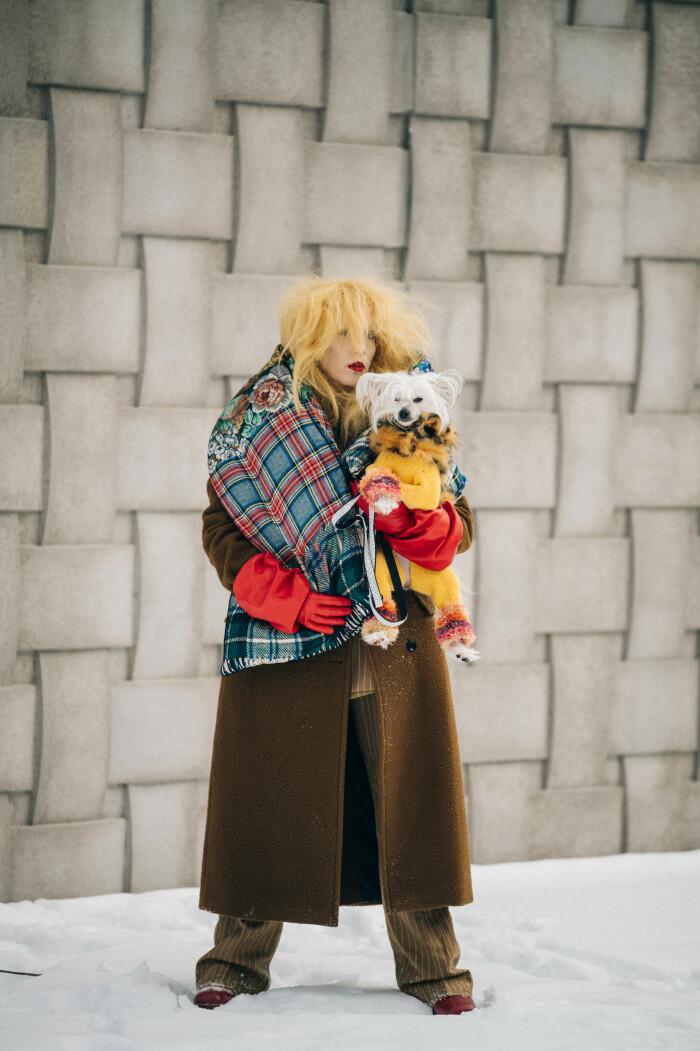 streetstyle stockholm fashion week hund 2021
