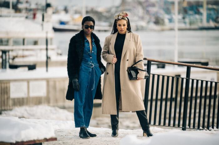 streetstyle stockholm fashion week 2021 jeansdress