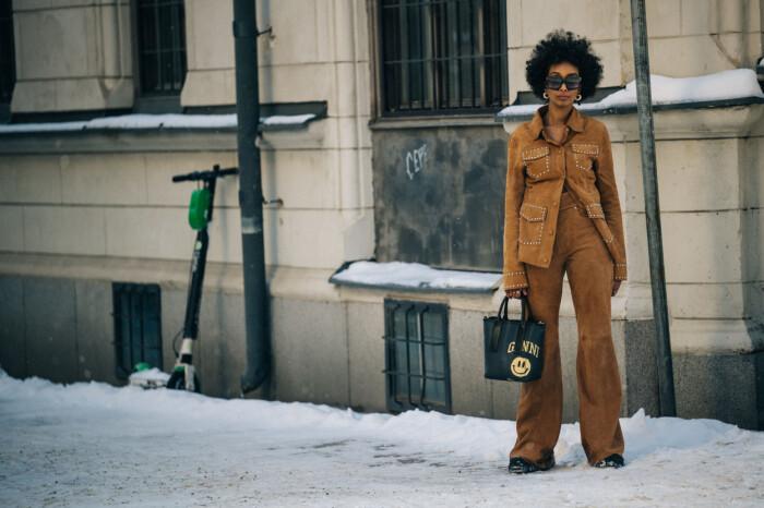 streetstyle stockholm fashion week 2021 mochalook
