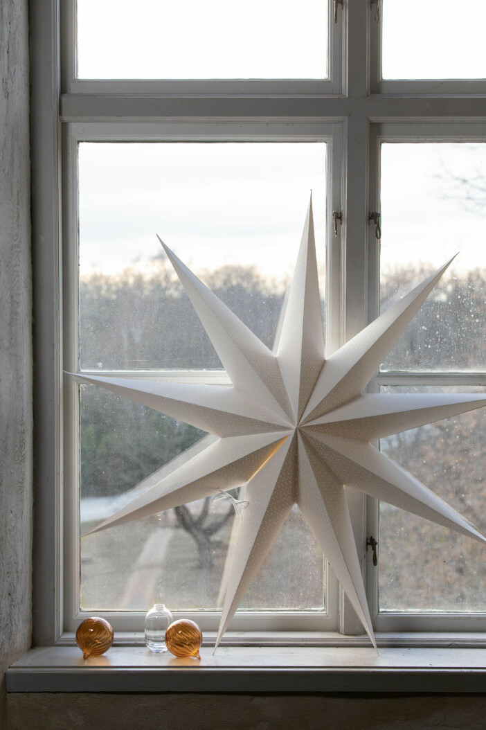 stor vit adventsstjärna
