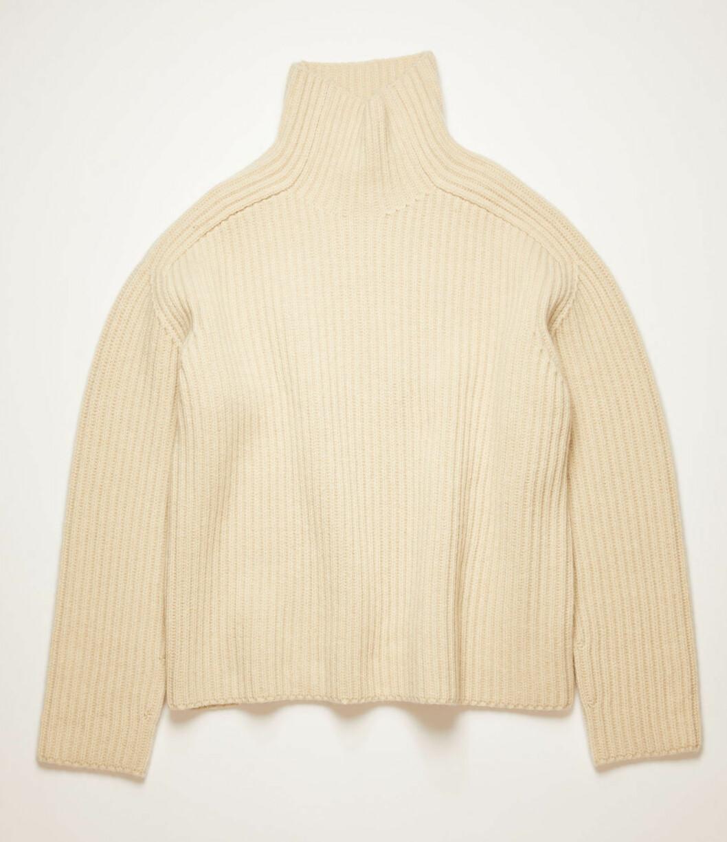 Storstickad tröja från Acne studios.