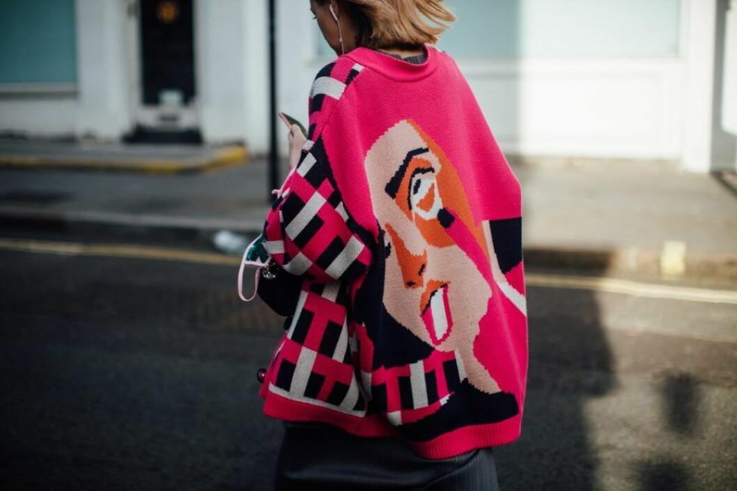 storstickad tröja london fashion week.