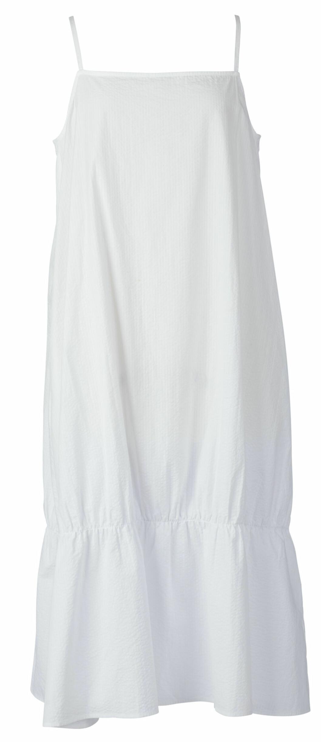 vit klänning från Stylein.