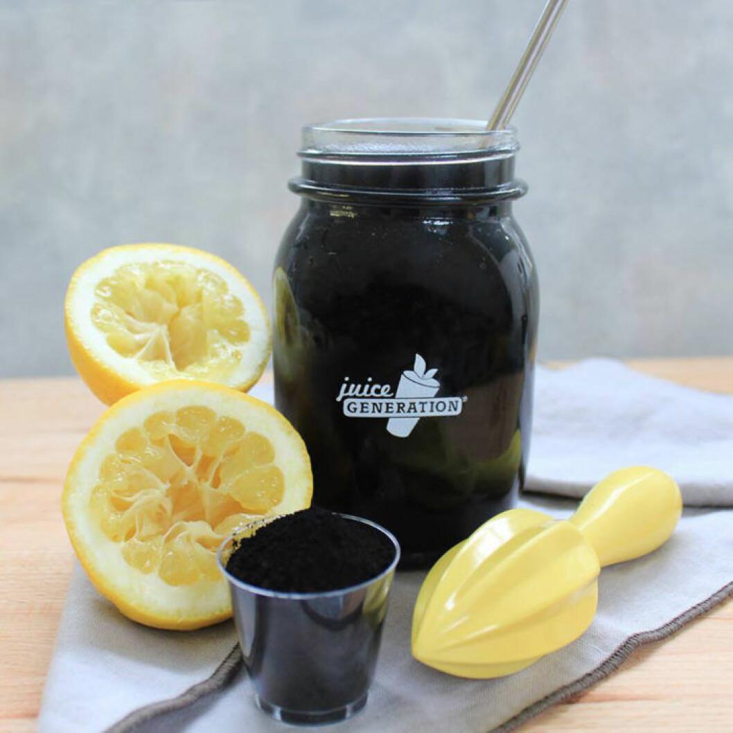 Black juice är den nya hälsodrycken. Foto: Juice Generation