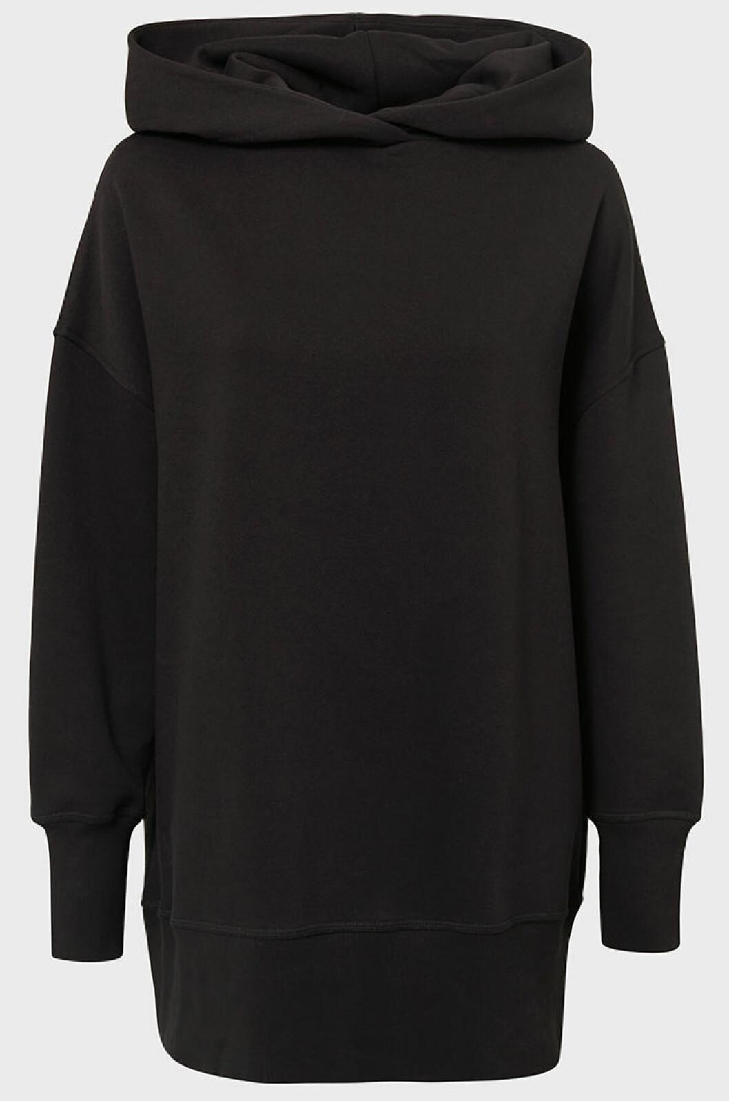 svart-hoodie-biancaxnelly