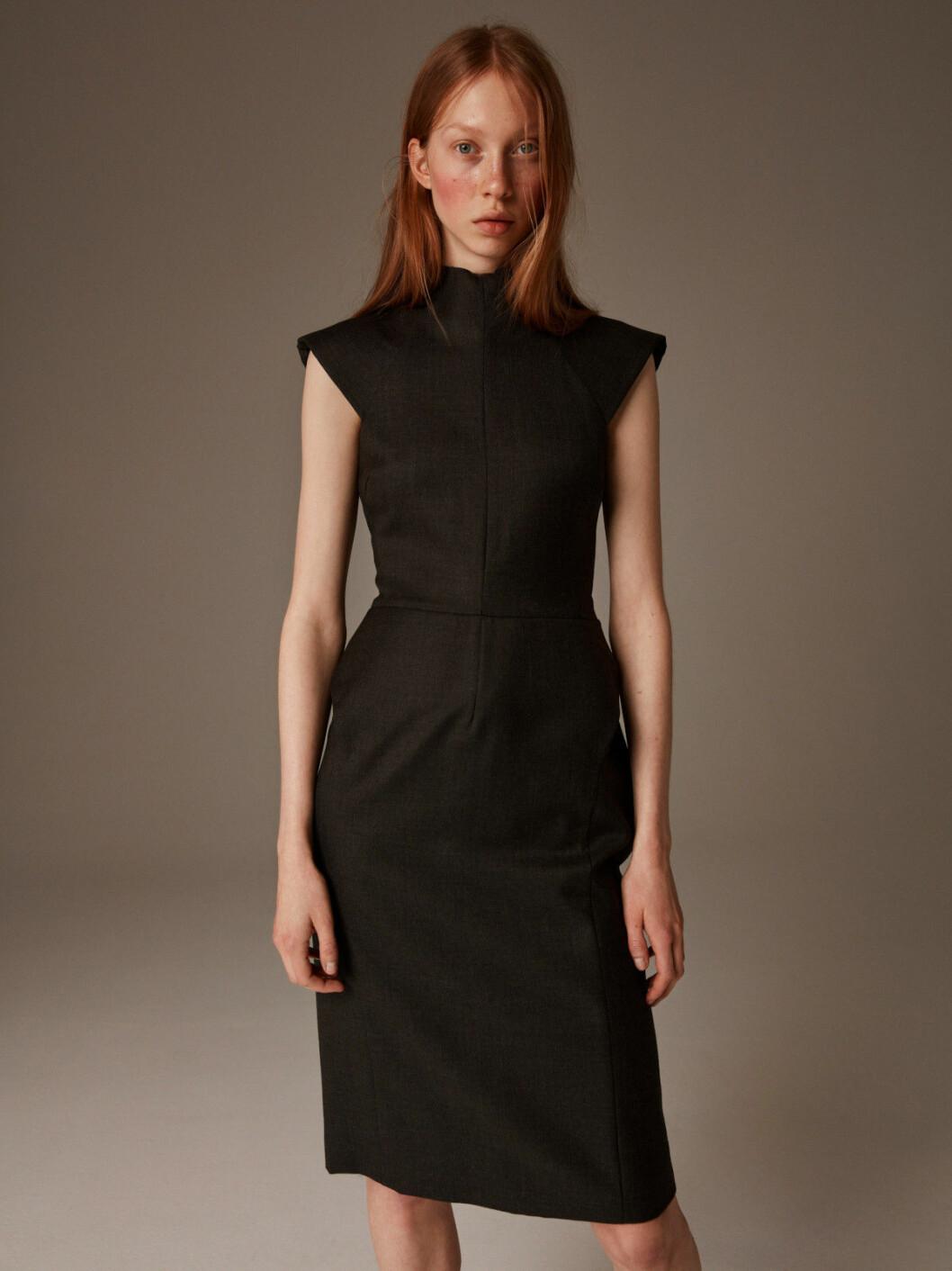 Svart klänning från Balenciaga