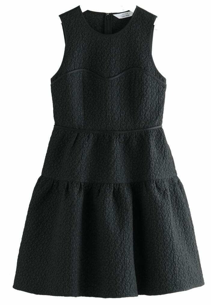svart klänning från & OTHER STORIES.