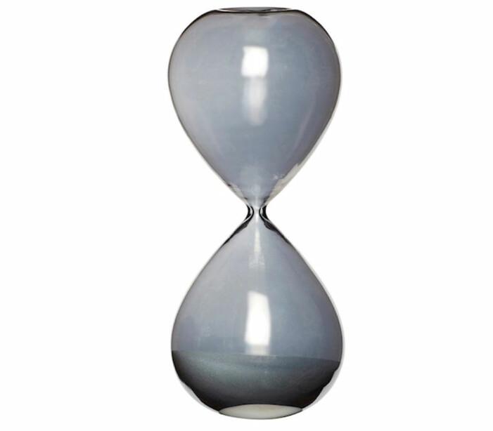 svart timglas