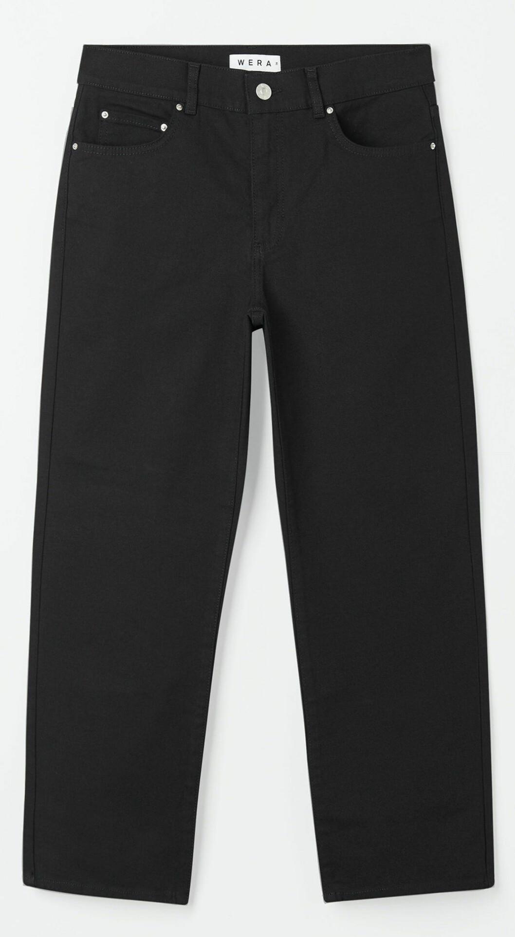 Svarta jeans i rak modell från Wera