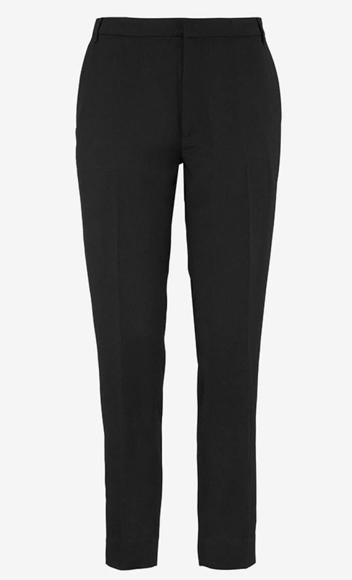 svarta-kostymbyxor-whyred