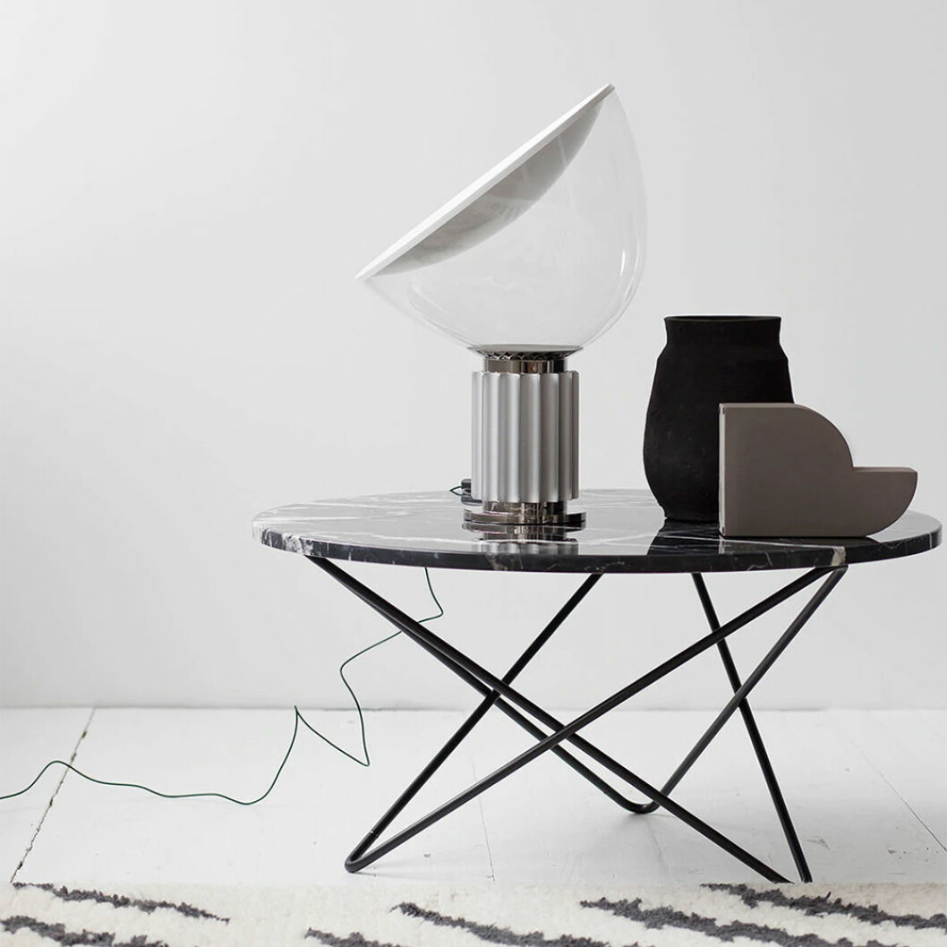Taccia bordslampa från Flos