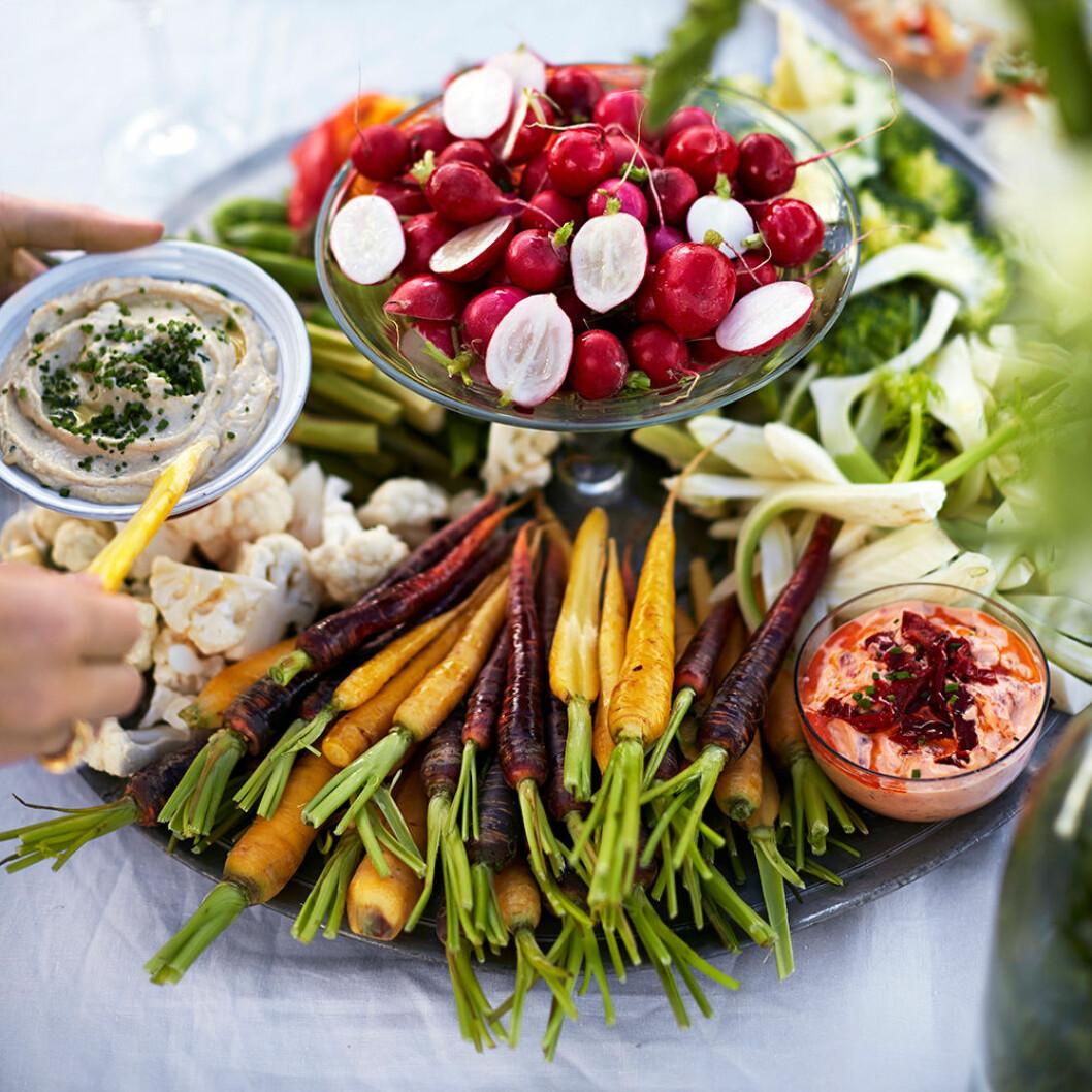 Grönsaker med dipp.