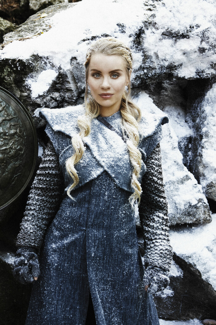 Therése Lindgren i Game of Thrones-look