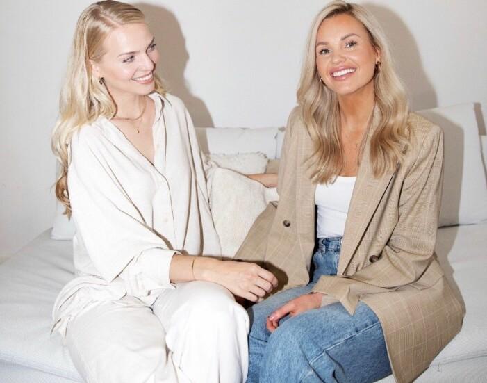 Susanna Moen och Sara Norrbom ler.