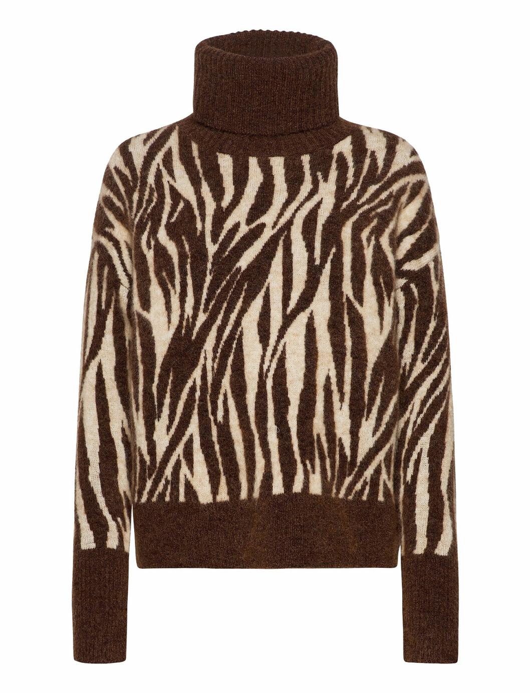 tröja från Tiger of Sweden i zebramönster.