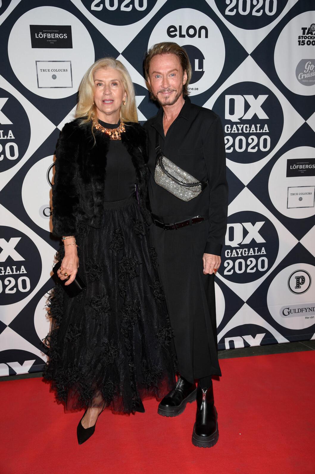 Tina Törnquist och Christer Lindarw på röda mattan på QX-galan 2020
