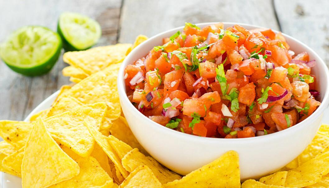Tomatsalsa med chili och koriander.