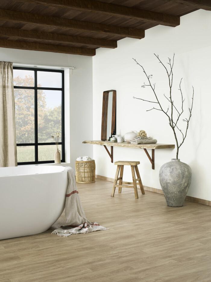trägolv i badrummet från tarkett
