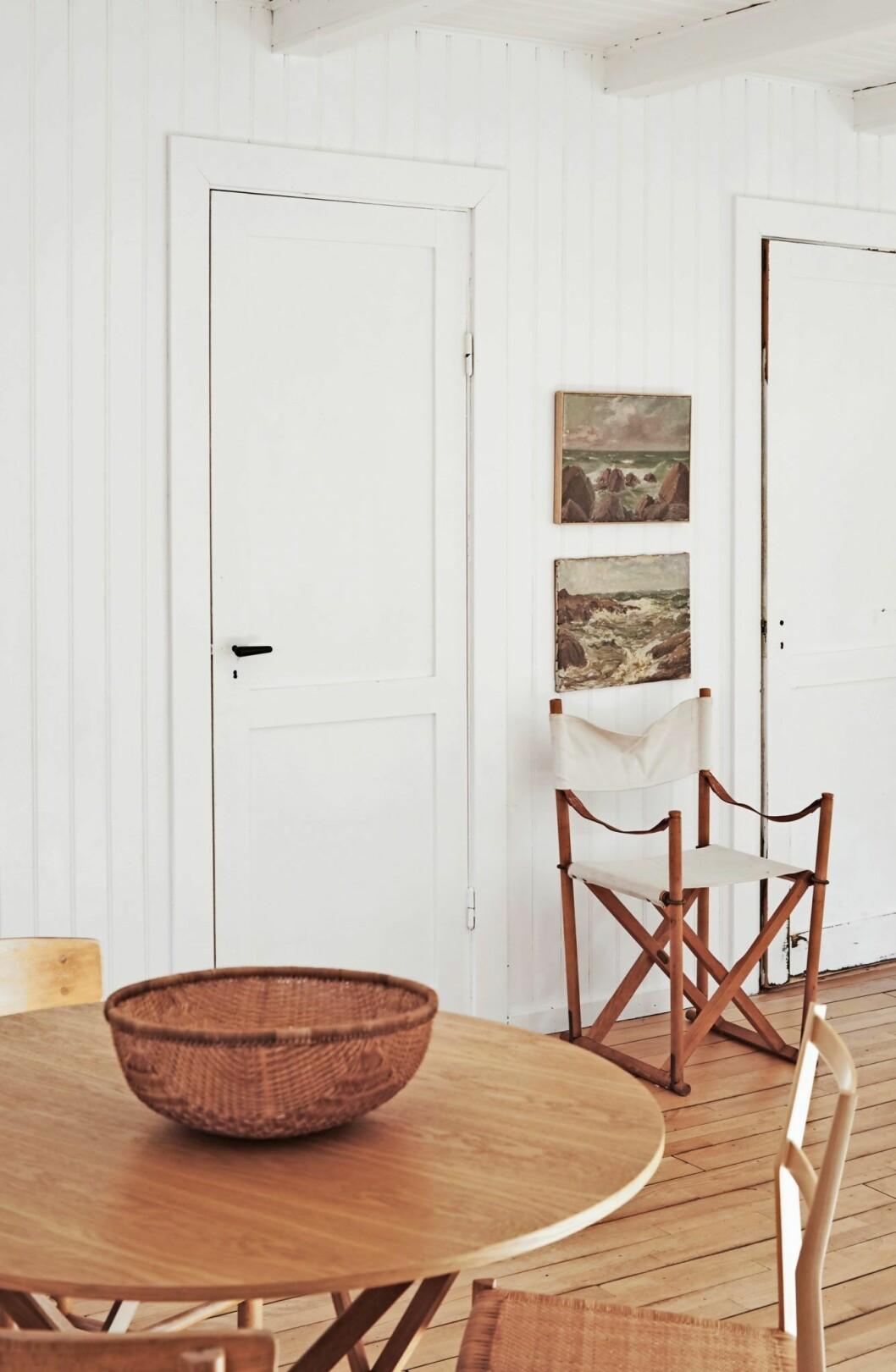 Inredningsdetaljer i trä i trähuset på Själland