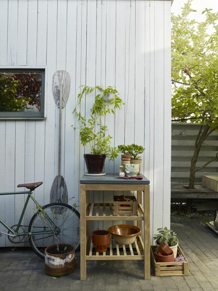 Trender balkong och uteplats 2021, funktuionella möbler