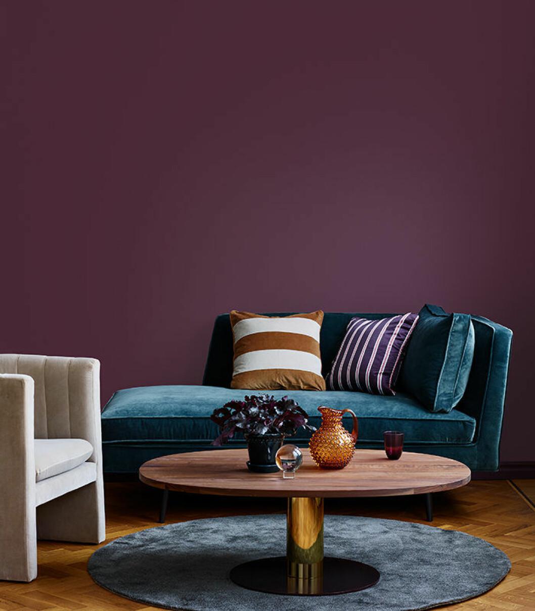 plommonfärgat är en färgtrend hos beckers 2019