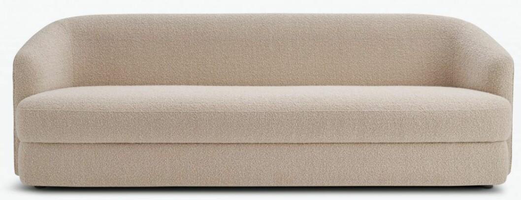 Neutralt med tresitssoffan Covent sofa deep 3 seater från New Works.