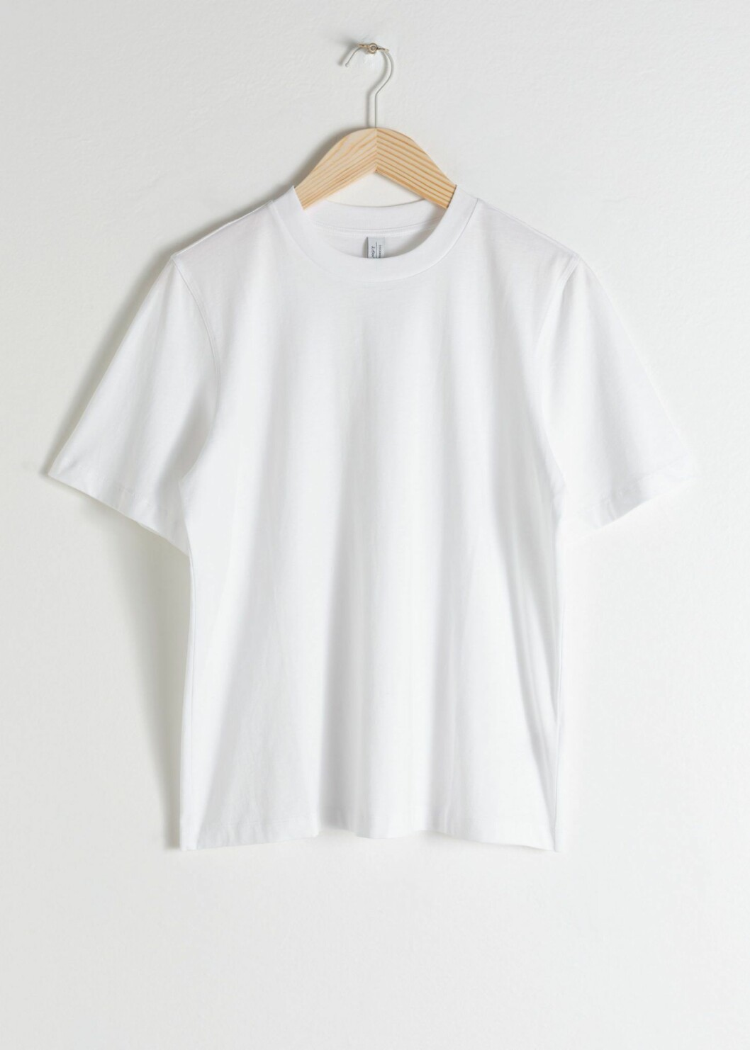 Vit T-shirt från & other stories.