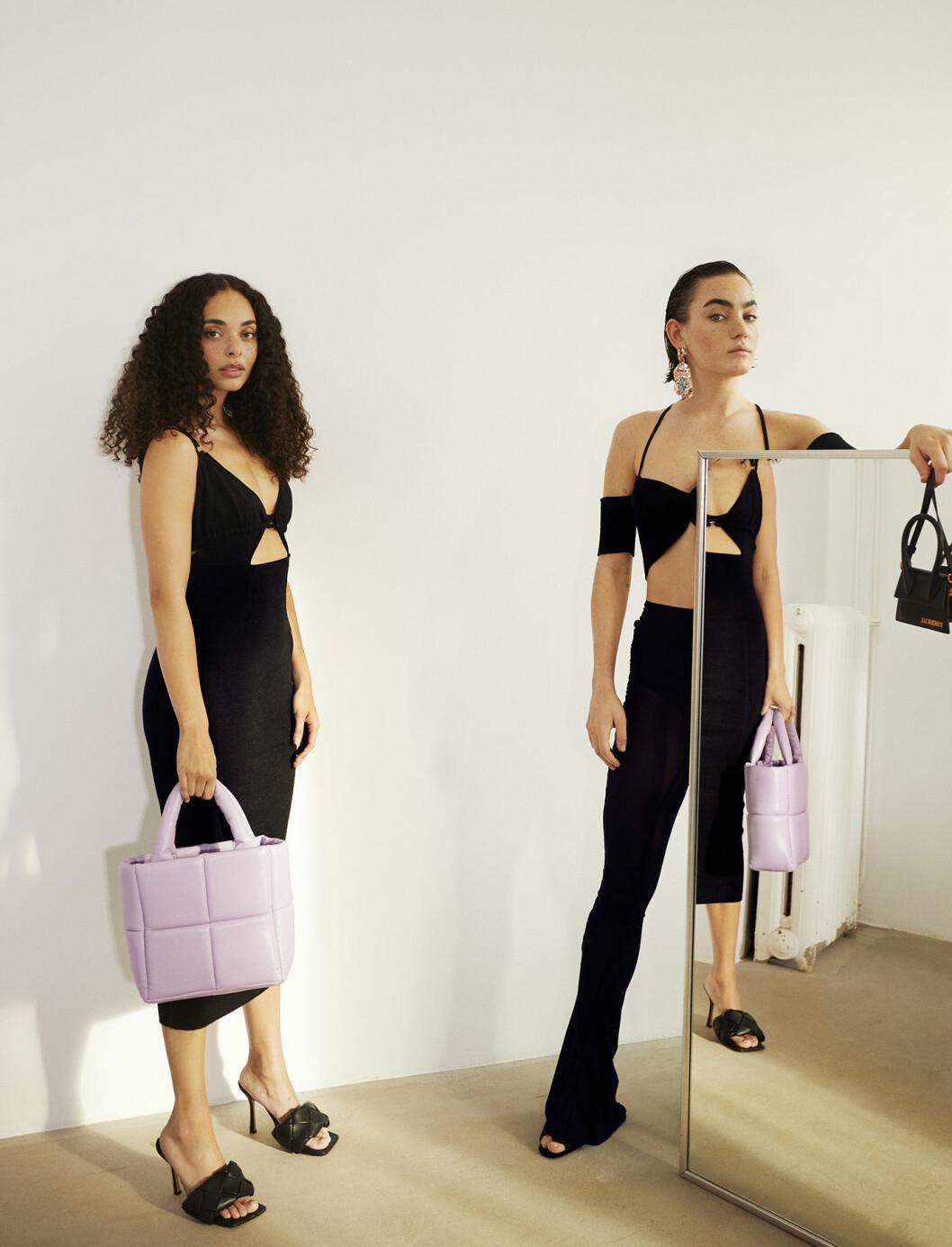 Chanelle har på sig klänning från Jacquemus/MyTheresa. Agnes har på sig topp från Jacquemus/MyTheresa och byxor från Jade Cropper