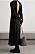 Vadlång klänning med långa ärmar och dekorativ djup rygg från Bite studios.