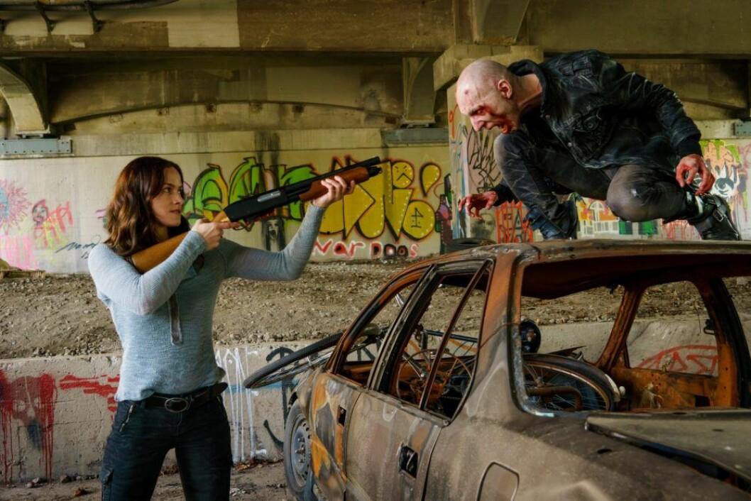 En bild från tv-serien Van Helsing. Den 8 februari har säsong 4 av Van Helsing premiär på Netflix.