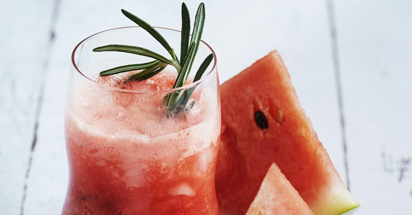 Recept på vattenmelondrink med rosmarin