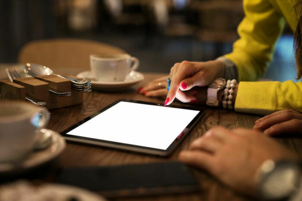 Stenbocken beställer gärna i en iPad. Ny teknik, liksom.