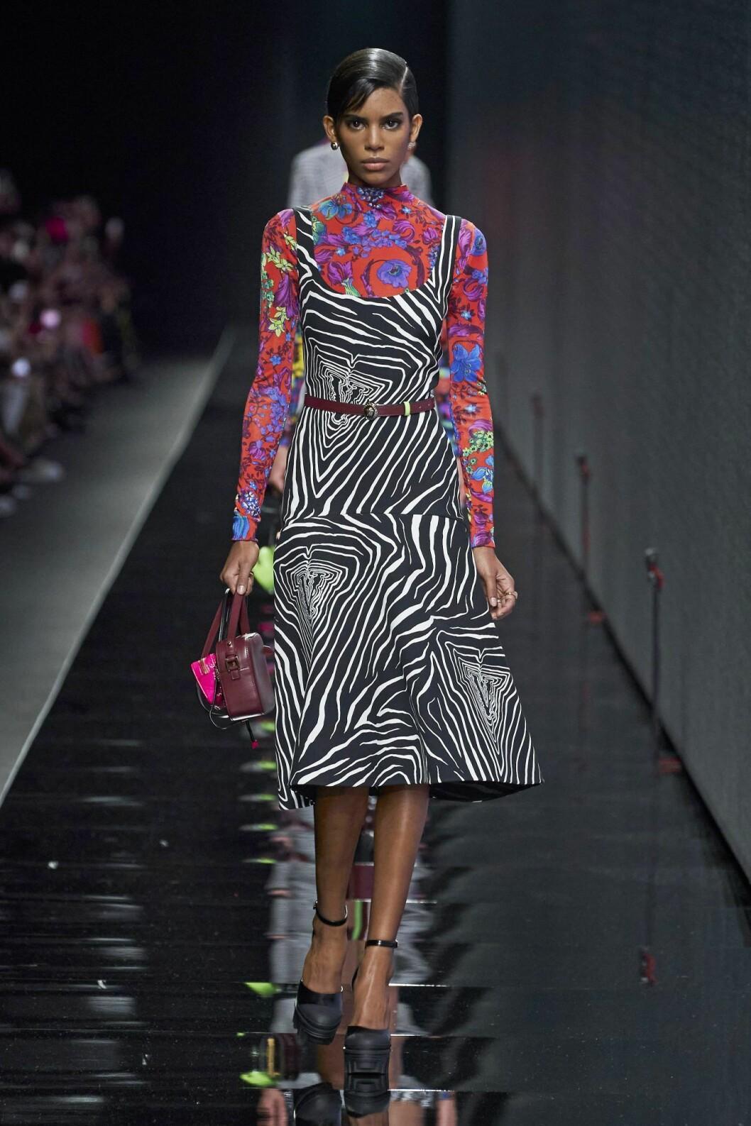 Versace zebraklänning